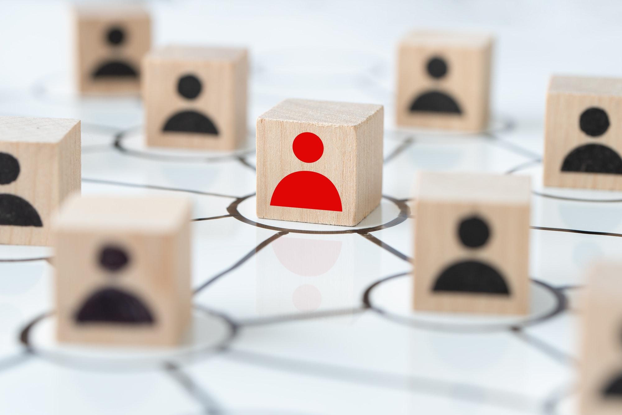 Social media people networking